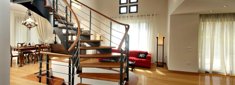 Классическая металлическая лестница 4