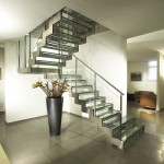 Модульная лестница из стали