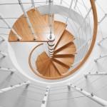 Лестницы в доме: требования безопасности