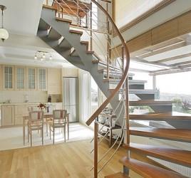 Классическая металлическая лестница 10